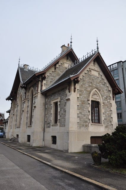 ICONYX Tames Severe Acoustics at Historic Geneva Chapel